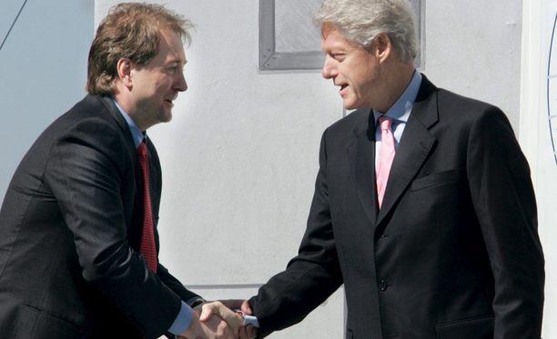 Kjell Inge Røkke ja Yhdysvaltojen entinen presidentti Bill Clinton vuonna 2005.