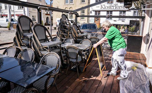 Ravintoloiden sisä- ja ulkotilat ovat tästä päivästä alkaen käytössä Tanskassa.