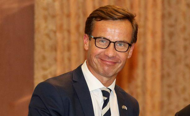 """Ulf Kristersson painotti, että Nato-jäsenyysasiassa tulee """"kunnioittaa ystäviämme""""."""