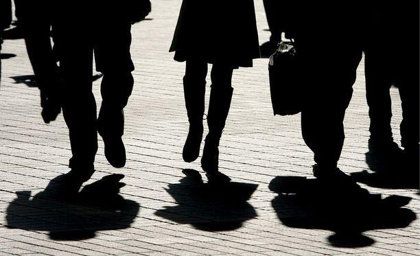 Vuonna 2014 joka päivä keskimäärin 70 japanilaista teki itsemurhan. Itsemurha on 20-44-vuotiaiden miesten yleisin kuolinsyy.