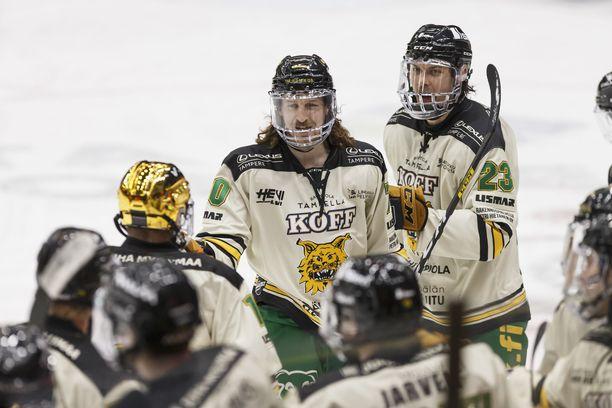 Ilveksen (kuvassa) lisäksi karanteenissa ovat HIFK, SaiPa ja Sport. Niin ikään karanteenissa ollut KooKoo palasi eilen peleihin.