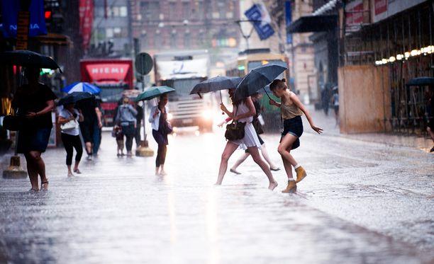 Sateinen keli on tullut suomalaisille tutuksi.