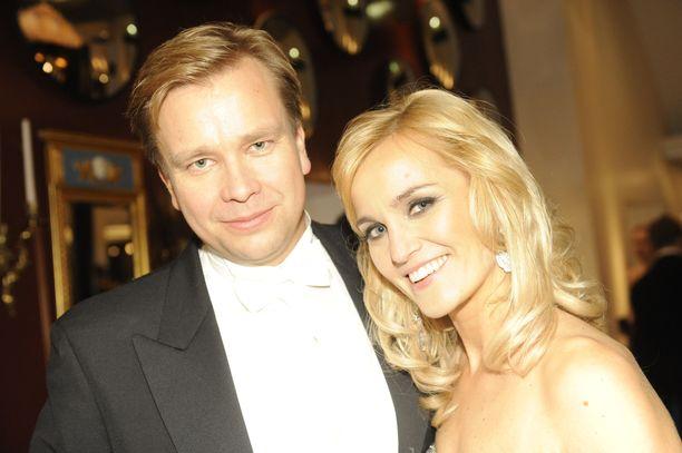 Antti Kaikkonen ja Satu Taiveaho Linnan juhlien jatkoilla vuonna 2011.