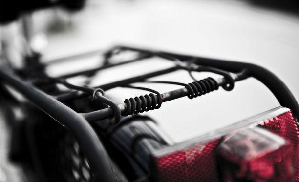 Ulkomailta tilatun pyörän hinta voi nousta matkan varrella.