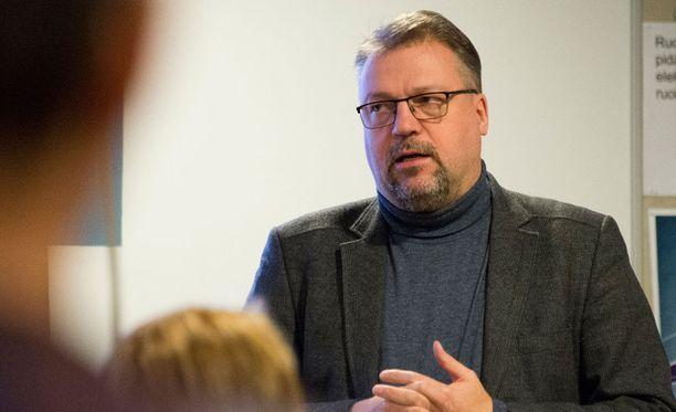 Nokian kaupunginvaltuustoon valittu Jari Kinnunen tunnetaan monien vakavien henkirikosten tutkinnanjohtajana Sisä-Suomen poliisissa.