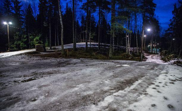 Tämän pohjan päälle pitäisi Vantaan Hakunilaan taikoa vajaassa kahdessa viikossa SM-hiihtojen ladut.