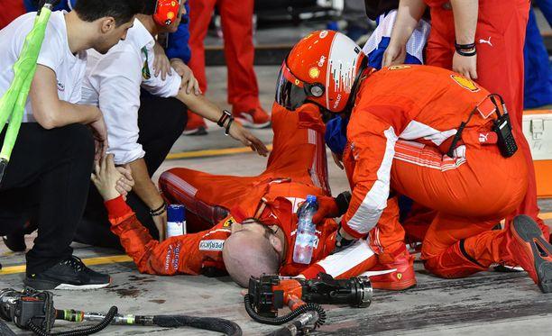 Francesco-mekaanikko loukkaantui pahasti.