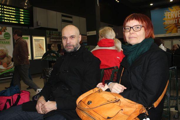 Kaj ja Katja Zimmerbauer pyrkivät ottamaan odotuksen mahdollisimman rennosti.