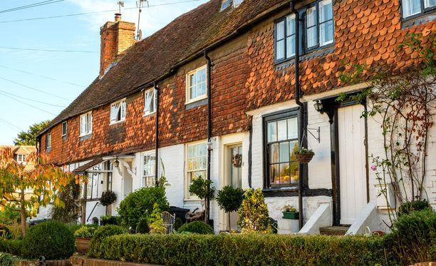 Pittoreski Ighthamin kylä sijaitsee Kentissä.