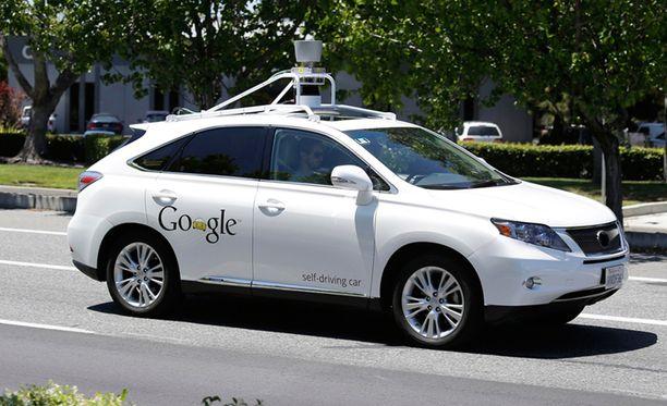 Googlen itseohjautuva auto on ajanut miljoonia kilometrejä tavallisen liikenteen seassa.