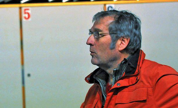 Karl Helenius sai tuomion reilun kahden vuoden takaisesta puremiskärhämästä.