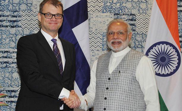 Suomen pääministeri Juha Sipilä (kesk) tapasi Intian pääministerin Narendra Modin helmikuussa 2016.