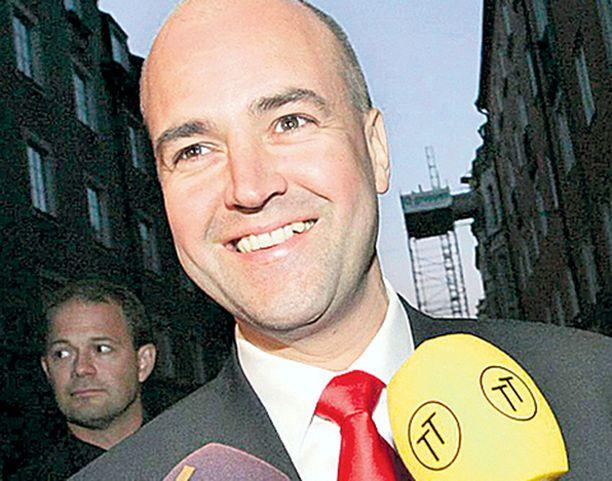 Kokoomusjohtaja Fredrik Reinfeldt nousee vaalivoiton jälkeen Ruotsin uudeksi pääministeriksi.