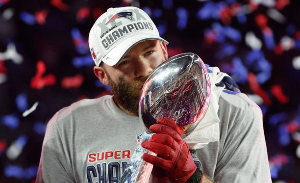 Julian Edelman juhli Super Bowlin voittoa puolitoista viikkoa sitten.