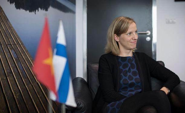 Ulkoasiainsihteeri Liisa Folkersma työskentelee Suomen suurlähetystössä Hanoissa.
