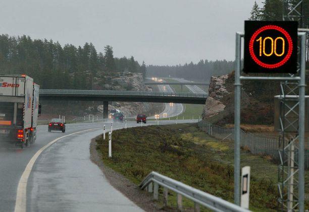 Moottoritien uusimman pätkän piti aueta jo viime marraskuussa.
