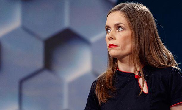 Katrin Jakobsdottir on kokenut poliitikko ja kolmen pojan äiti.