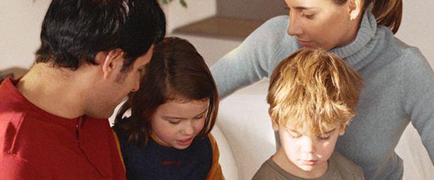 Nelihenkisen perheen pitäisi pärjätä 1500 eurolla.
