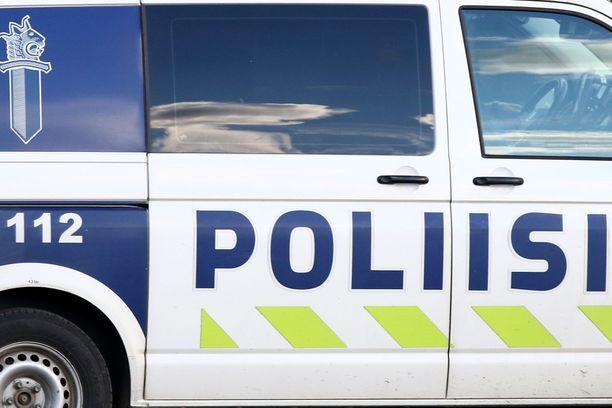Länsi-Uudenmaan poliisi tutkii onnettomuuden syytä.