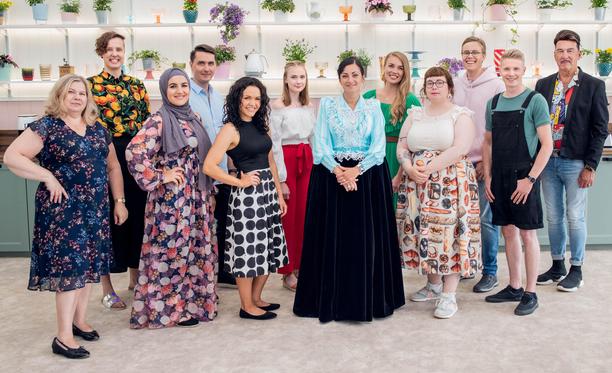 Anne, Lea, Zanni, Timo, Linnea, Pihla, Katja, Mari, Muru, Miro, Niko ja Markku kisaavat Koko Suomi leipoo -mittelön kuudennen kauden voitosta.