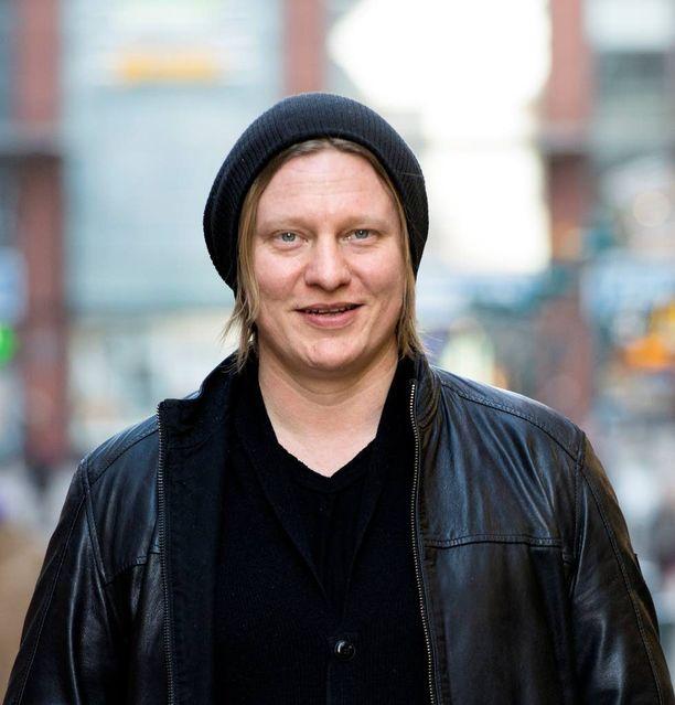 Jaajo Linnonmaan juontama Aamulypsy-ohjelma Radio Suomipopilla on palkittu neljänä vuonna vuoden radio-ohjelmana.