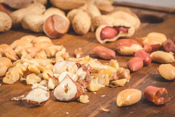 Ketodieetillä saa syödä pähkinöitä.