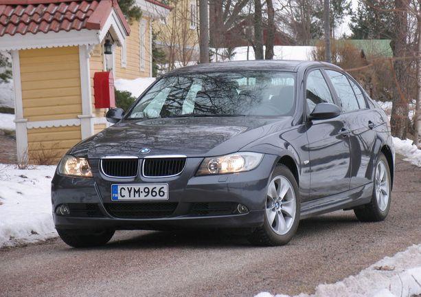 2010-luvun 3-sarjan BMW sijoittuu riskikartoituksessa turvalliseen päähän (0,96 riskiluku). Ero vanhoihin Bemareihin on selkeä.