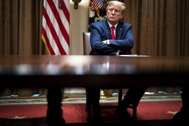 Yhdysvaltojen presidentti Donald Trump toteutti uhkauksensa WHO-rahojen jäädyttämisestä.