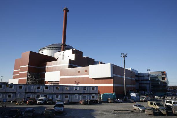 Olkiluoto 3 ei pidä hallussaan ydinvoimaloiden viivästysennätystä.