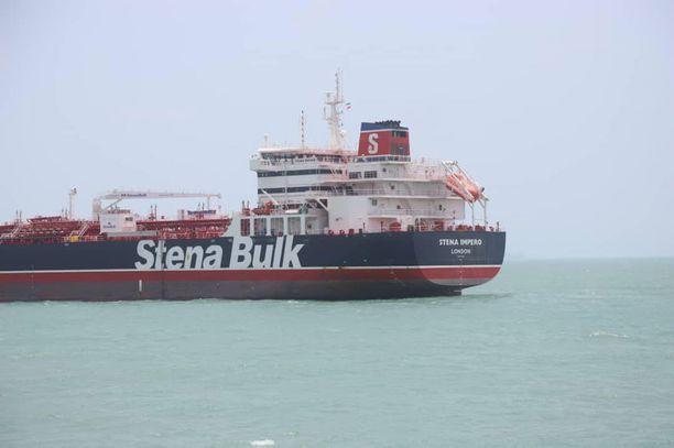 Persianlahden jännitteet kulminoituvat nyt Stena Impero -tankkeriin.