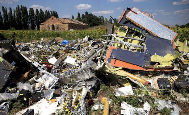 Venäjän ja länsimaiden välit notkahtivat entistä huonommiksi, kun malesialaiskone ammuttiin alas Itä-Ukrainan ilmatilassa.