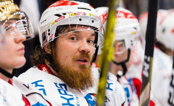 34-vuotias Tuomas Vänttinen on vääntänyt kunnioitettavat 672 liigapeliä.