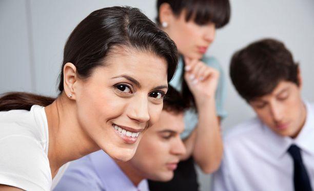 Tutkimuksen mukaan useimmat työkaverit valehtelevat.