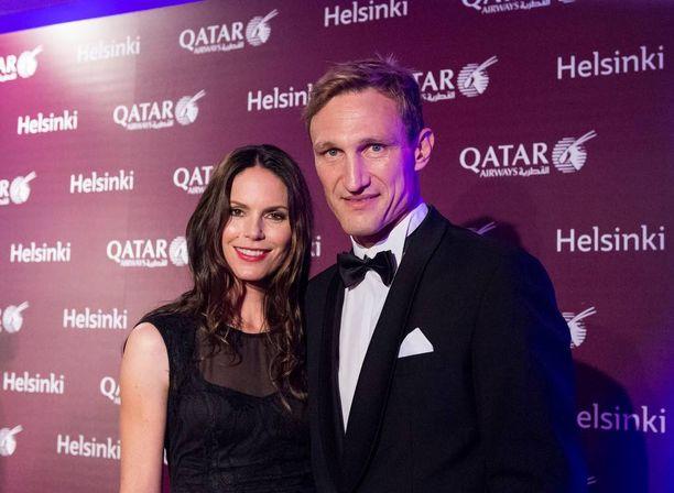 Hyypiät juhlivat Qatar Airwaysin gaalaillallisella Helsingin kaupungintalolla.