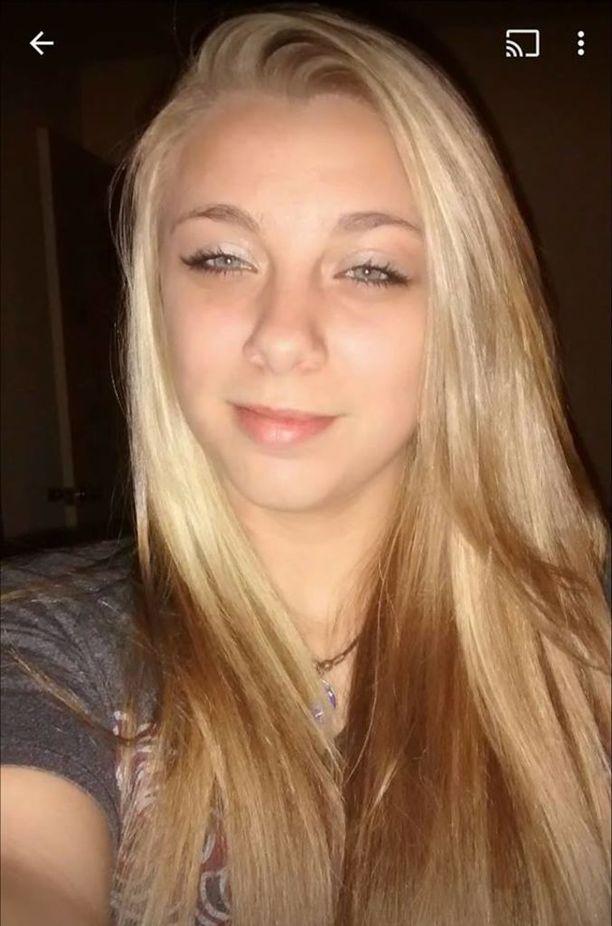 20 Vuotias Kaylee Kytti Amfetamiinia Lytkseen Rauhan