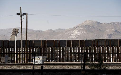 Reportaasi Meksikon rajalta: Trumpin muuri korvasi Vapaudenpatsaan USA:n maahanmuuttopolitiikan symbolina