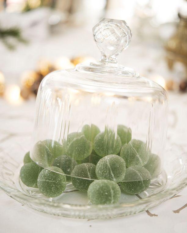 Vihreät kuulat kuuluvat monien jouluperinteeseen joko sellaisenaan tai tänä päivänä esimerkiksi joulutortuissa.