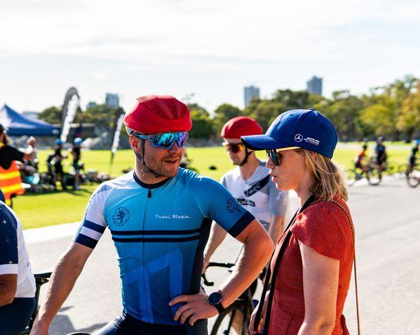 Vatteri Bottas osallistui tammikuussa Australian Adelaidessa pyöräilykilpailuun.