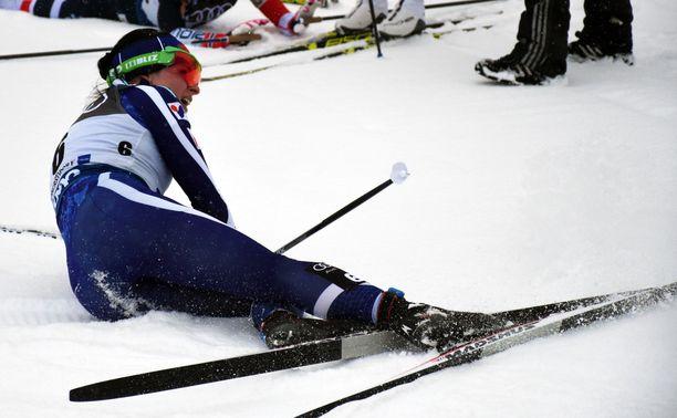Krista Pärmäkoski retkahti hankeen keskiviikon kisan jälkeen Oberstdorfissa.
