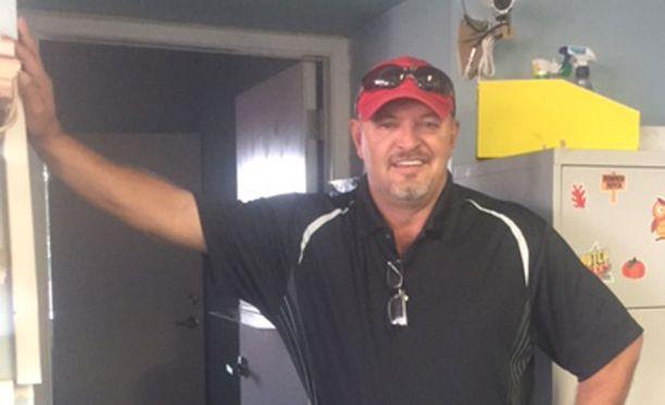 Brent Sapergia asustelee nykyään Arizonassa.