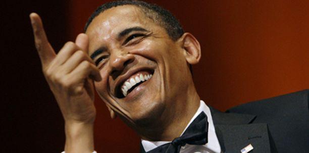 Obama ei pidä itseään täydellisenä isänä, sillä julkinen työ vie paljon aikaa perheeltä.
