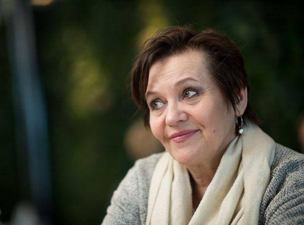 Riitta Havukainen ei muista pahalla avioliittoaan Jussi Parviaisen kanssa. Myöhemmin hän oli pitkään naimisissa näyttelelijä Eppu Salmisen kanssa. Sittemmin he ovat eronneet.