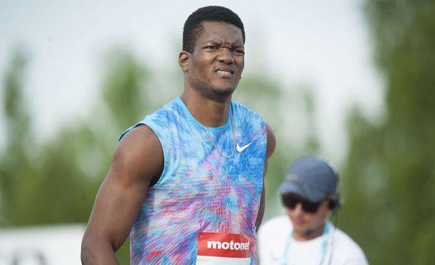 Kuortaneen eliittikisojen keihäsmittelö ei vastannut ennakko-odotuksia. Esimerkiksi olympiavoittaja Keshorn Walcott jäi alle 80 metrin. Hän heitti 79,61.
