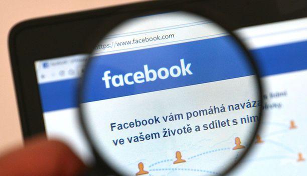 Facebook taistelee vihapuheen, terrorismin, ihmiskaupan ja huumeiden leviämistä vastaan.