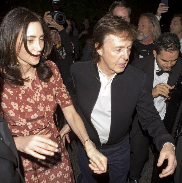 Myös McCartneyn vaimo Nancy Shevell oli mukana niillä Grammy-jatkoilla, joihin seurue päästettiin.