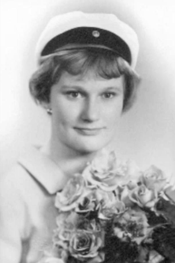 Tarja Halonen oli sukunsa ensimmäinen ylioppilas. Kuva vuodelta 1962.