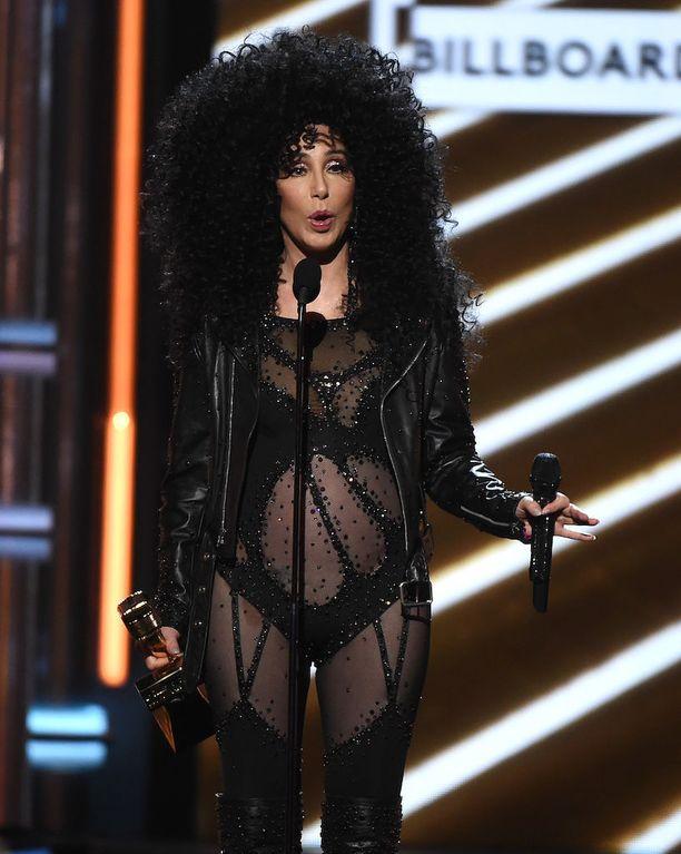 Cher eilen.