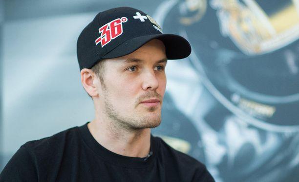 Mika Kallio on tällä kaudella ajanut MM-sarjan Moto2-luokassa Italtrans- ja QMMF-tallissa. Hän on MM-pisteissä sijalla 15.