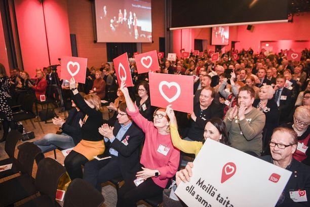 Iltalehden ja Uuden Suomen kyselyyn vastasi 100 sosiaalidemokraattia. Kuva tammikuulta puolueen vaalikampanjastartista Clarion hotellista.