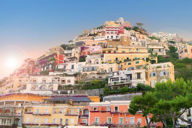 Positanon kaupunki on yksi Amalfin rannikon suosikeista.